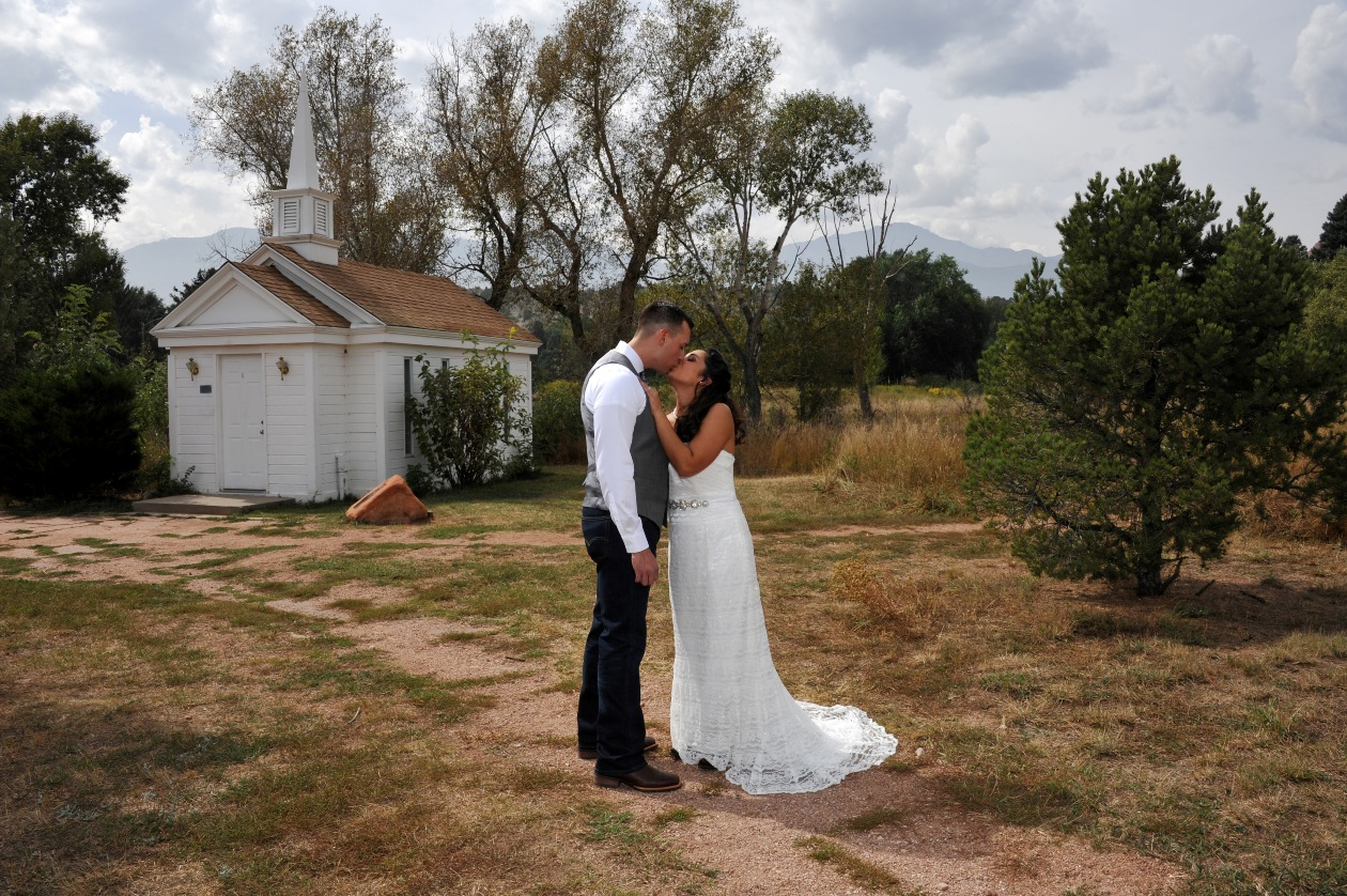 Elope in colorado colorado wedding packages elopement for Best destinations to elope