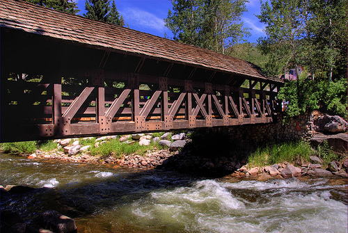 covered-bridge-wedding-vail
