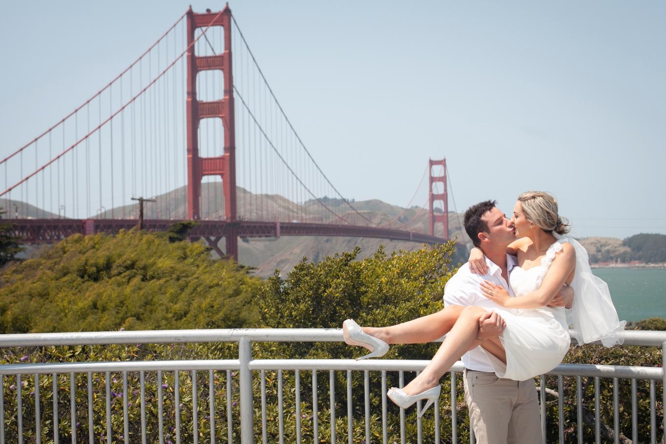 Elope Golden Gate Bridge