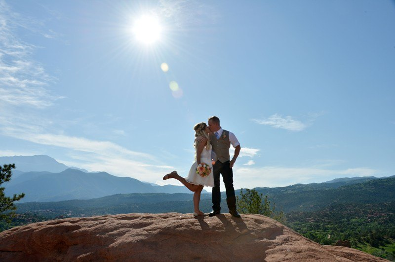 eloping-garden-of-the-gods
