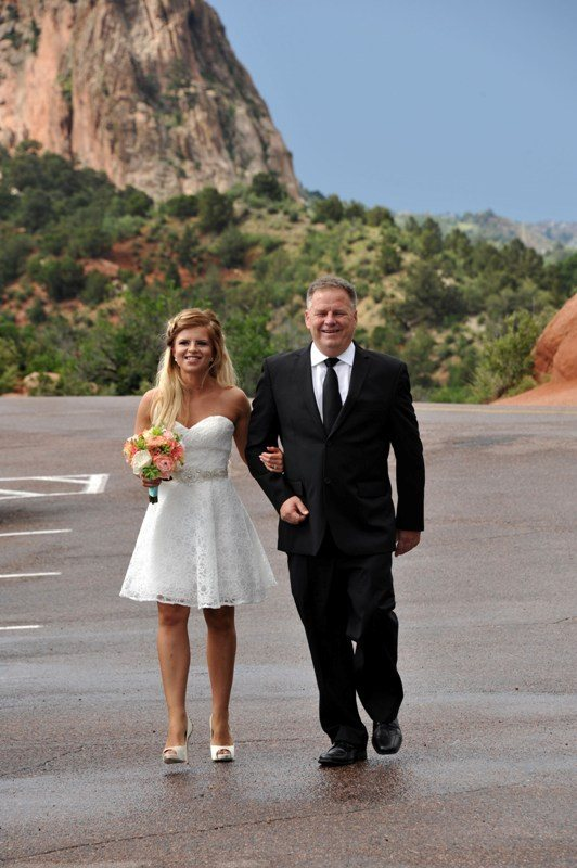 garden-of-the-gods-bride