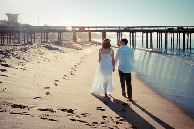 seacliff-beach-couple