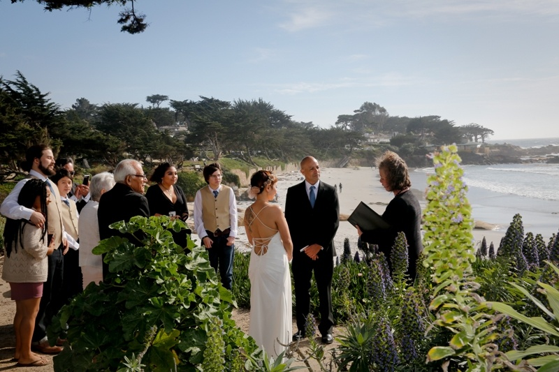 california-beach-elopement-ceremony