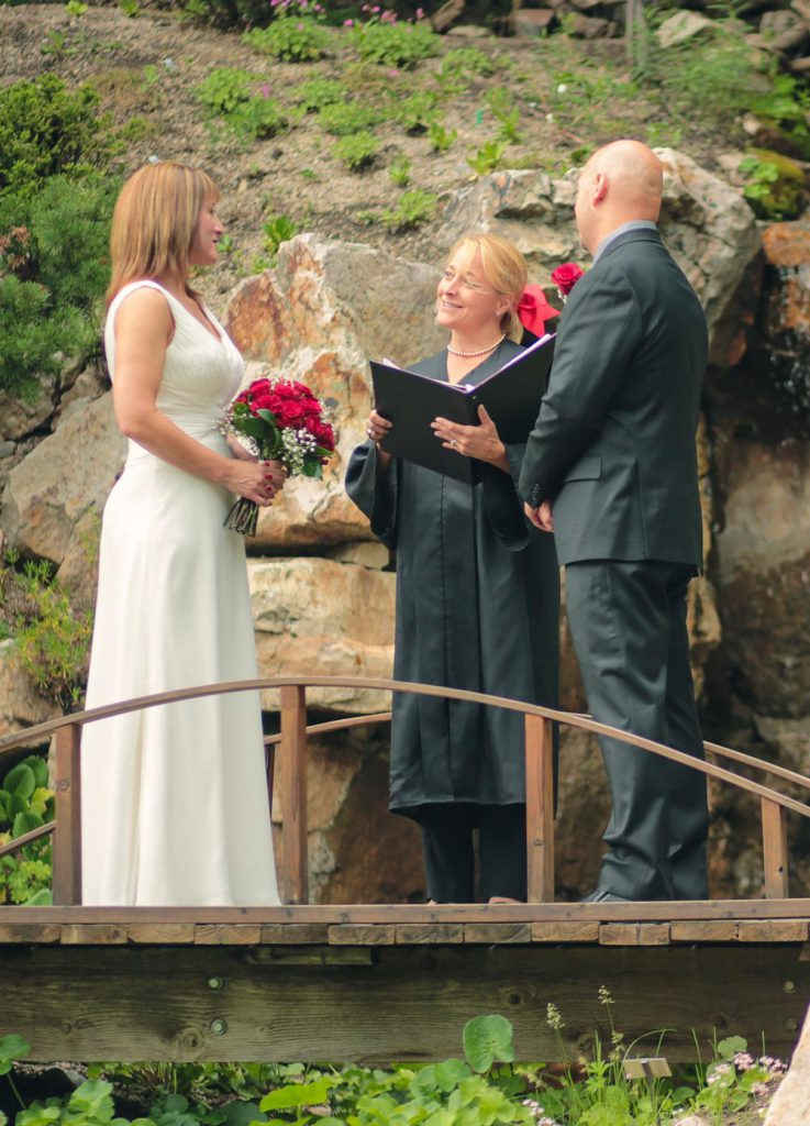 officiating-services-for-elopement