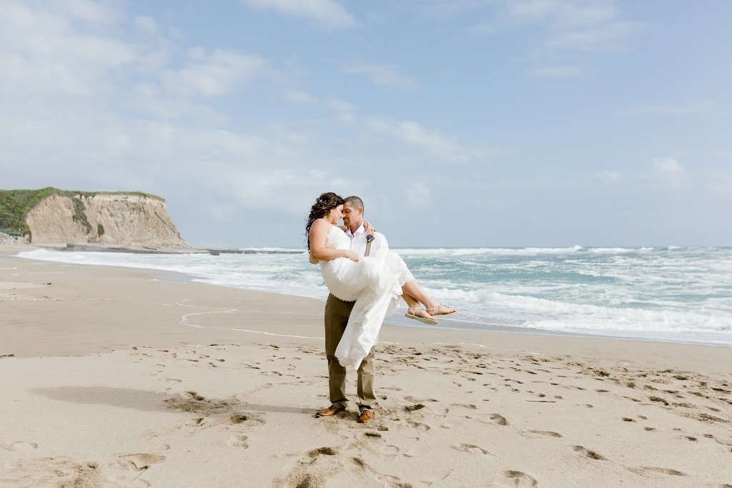 eloping on the beach in Santa Cruz