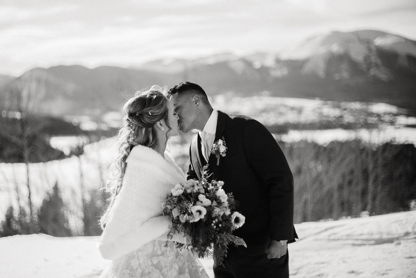 winter wedding in black and white
