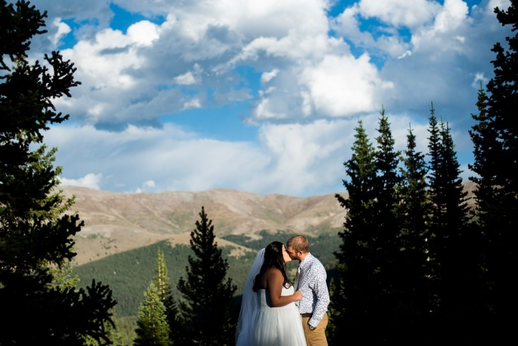 bride and groom in the mountains of Breckenridge